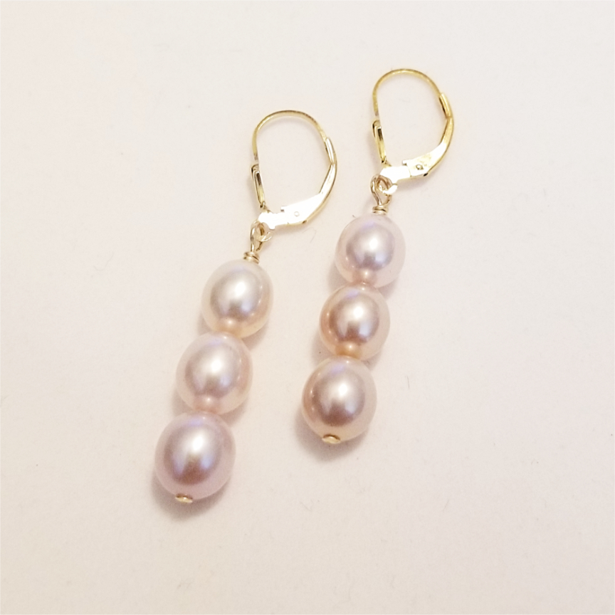 3-Pearl-Mauve-Earrings-Gold-2.jpg