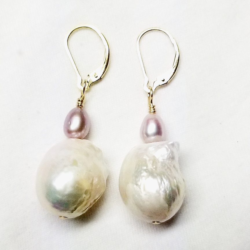 Baroque-Pearl-and-7mm-Mauve-Pearl-Gold.jpg