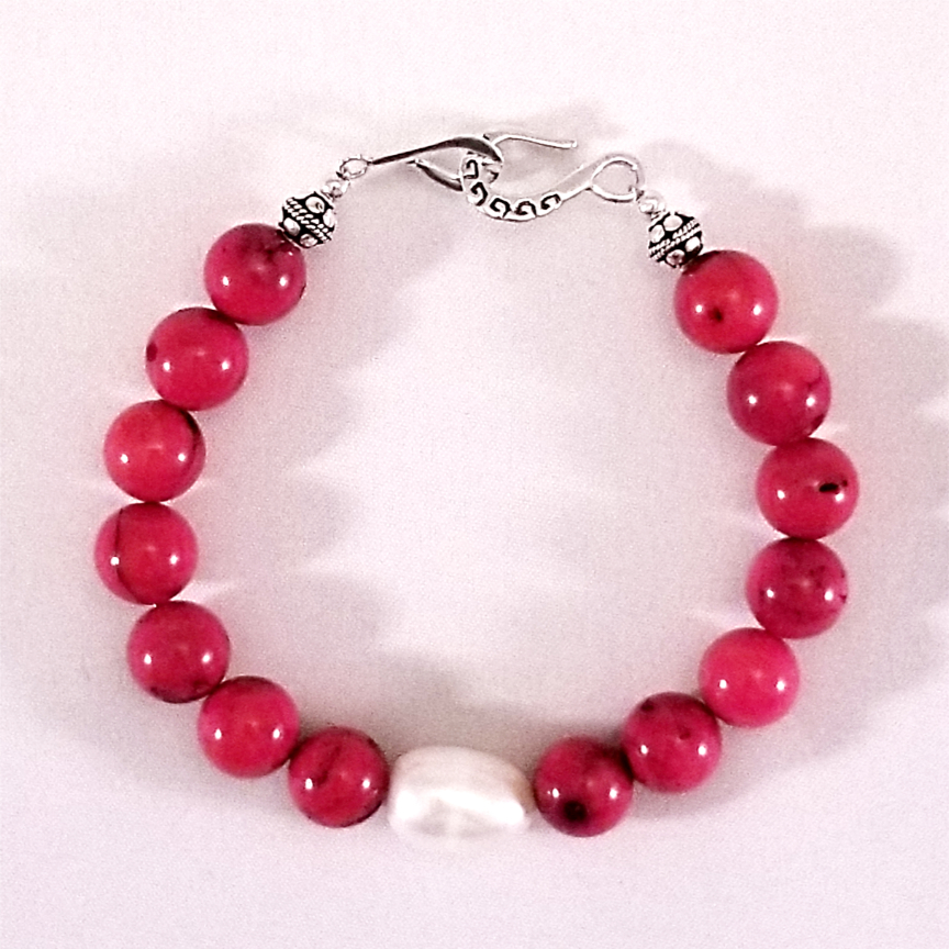 Bracelet-Coral-and-Pearl-1.jpg