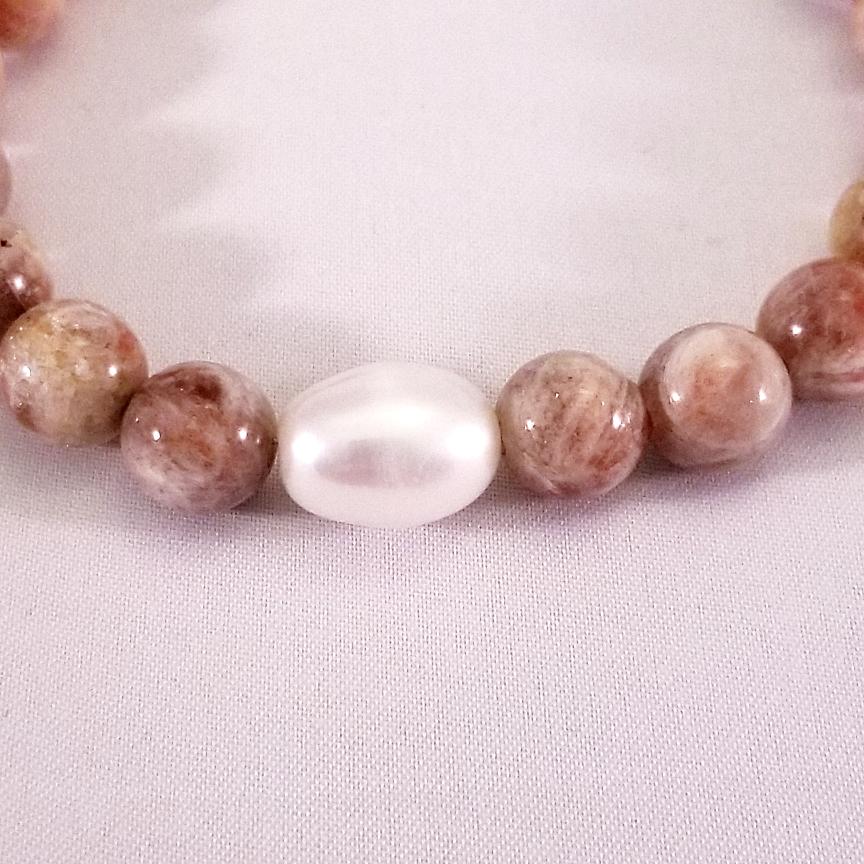 Bracelet-Pearl-and-Sunstone-3.jpg