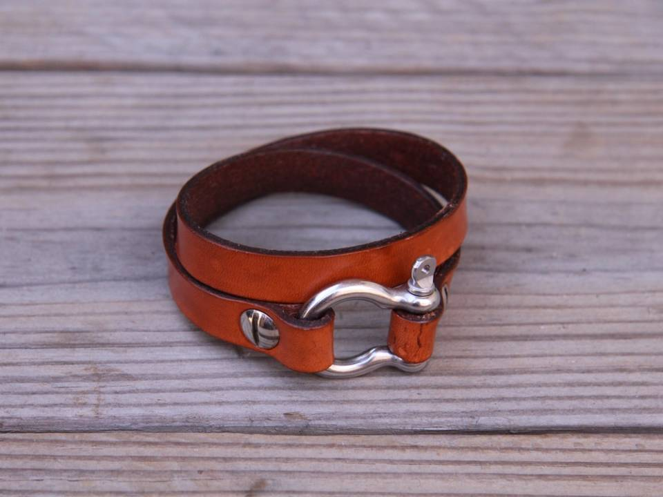 Women's Leather Bracelets