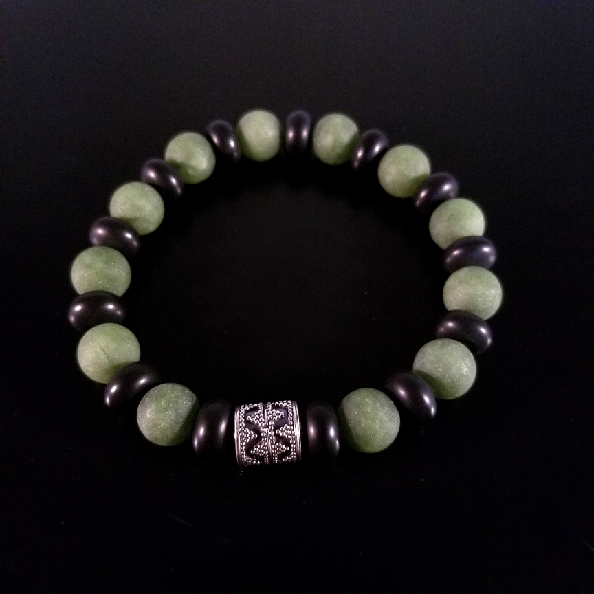 Mens-10mm-Barrel-with-Matte-Green-Aventurine-and-Onyx-Rondelles-2.jpg