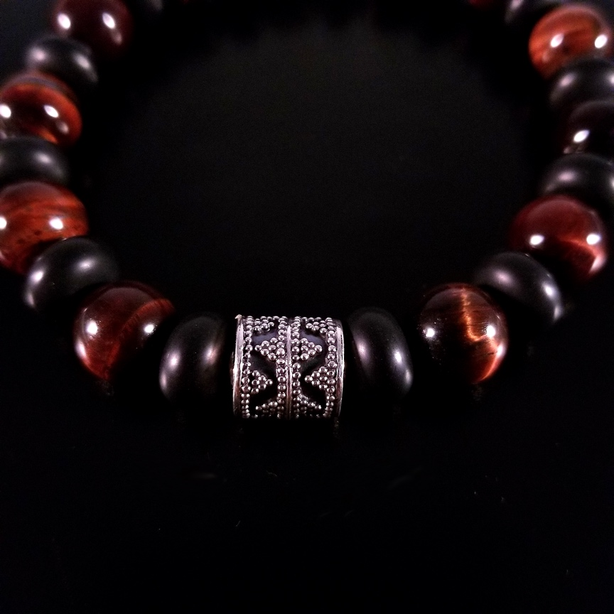 Mens-10mm-Barrel-with-Red-Tiger-Eye-and-Onyx-Rondelles-3.jpg