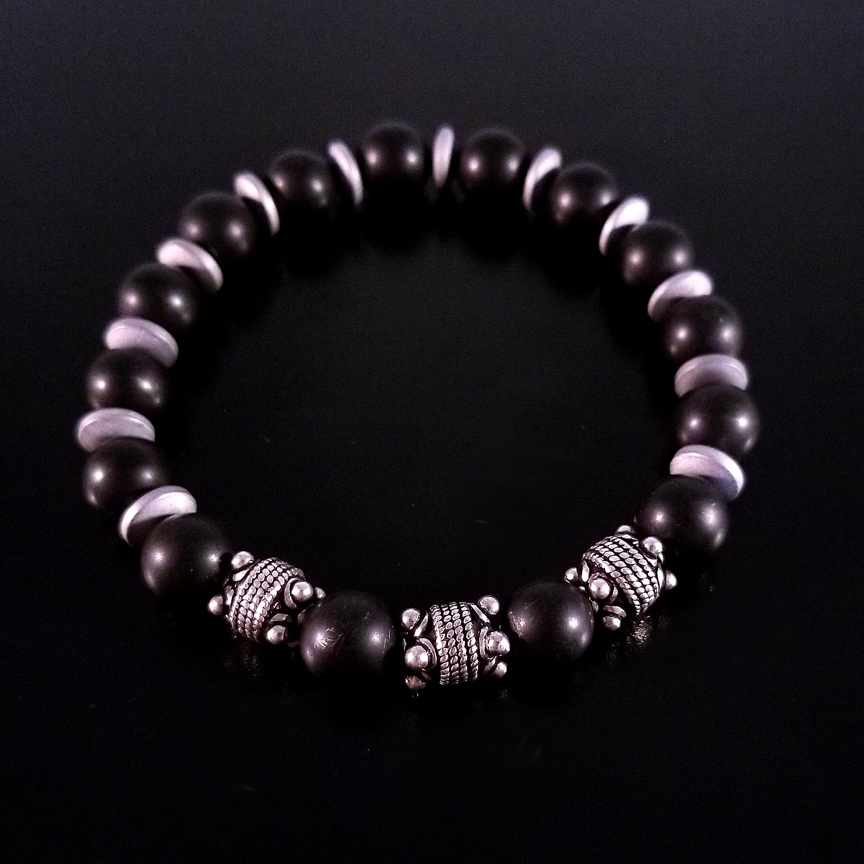 Mens-10mm-Black-Onyx-and-Silver-with-Hematite-Discs-2.jpg