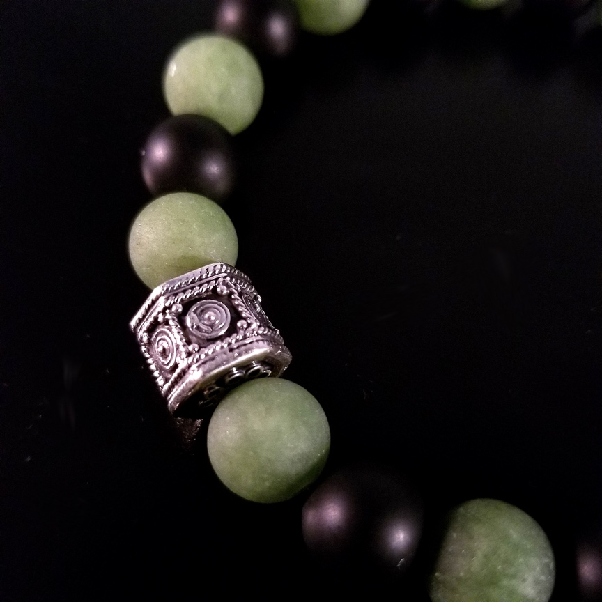 Mens-10mm-Hepta-Barrel-with-Matte-Green-Aventurine-and-Onyx-4.jpg