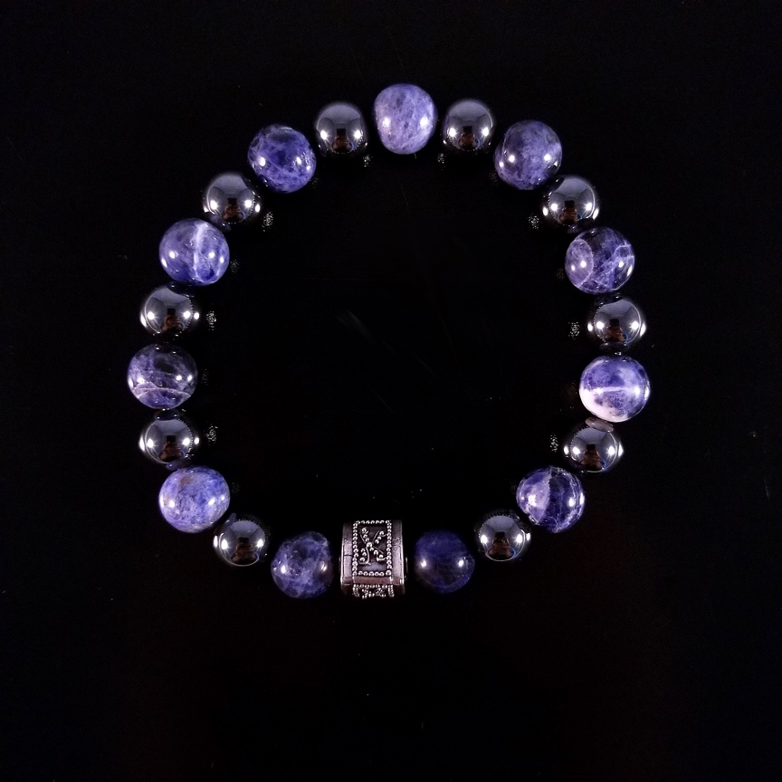 Mens-Prism-with-Sodalite-and-Hematite-1.jpg