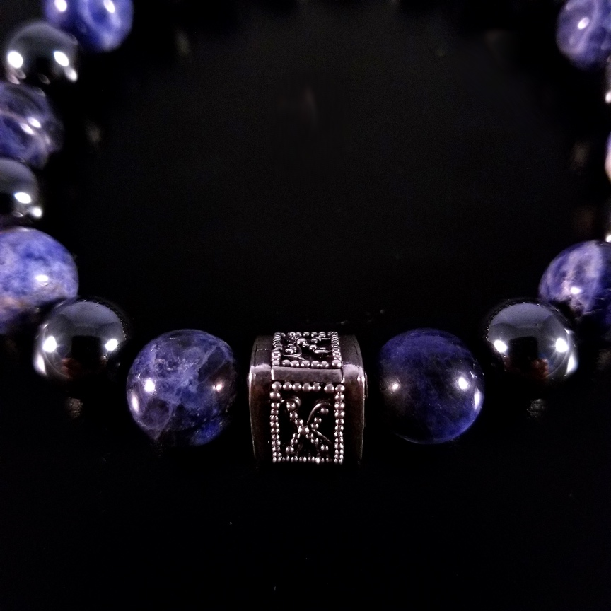 Mens-Prism-with-Sodalite-and-Hematite-2.jpg