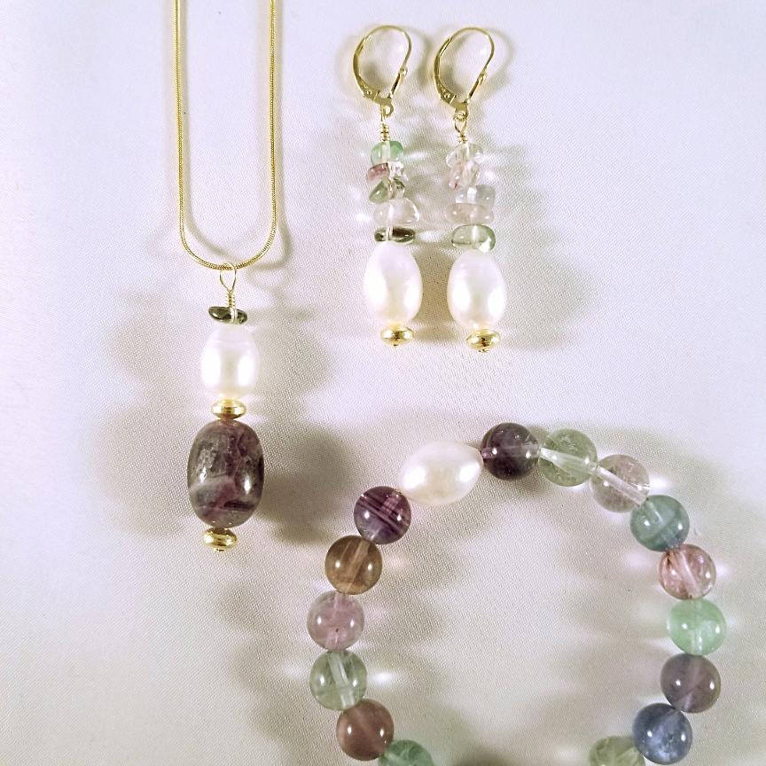 Pearl-and-Fluorite-Bracelet-Earrings-Necklace-Set-Gold.jpg