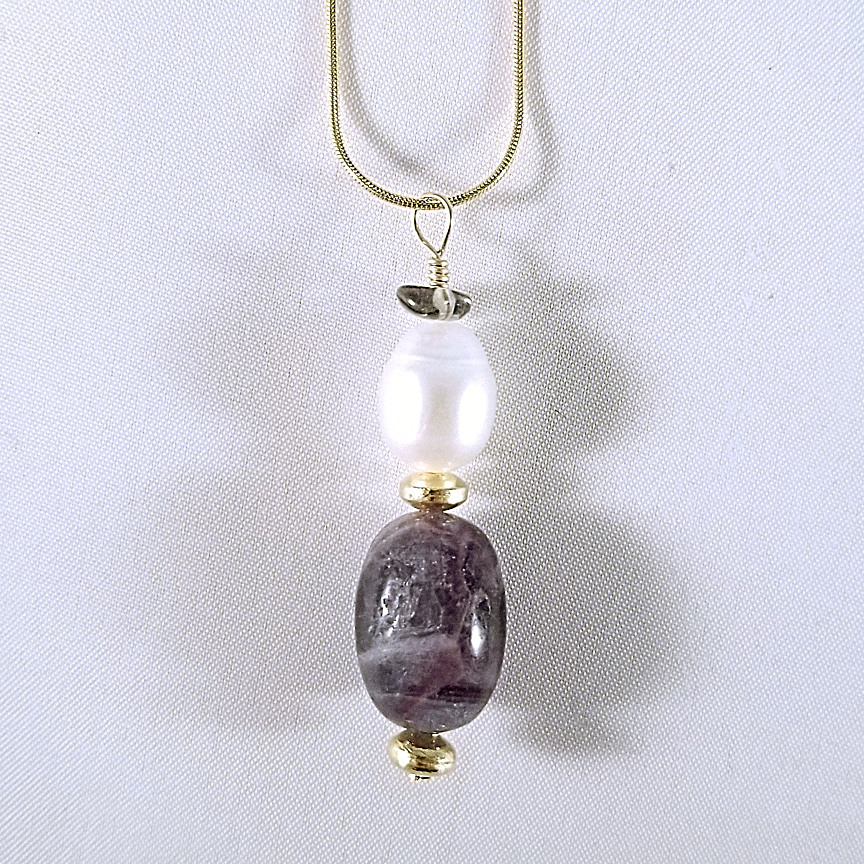 Pearl-and-Fluorite-Necklace-2-Gold.jpg
