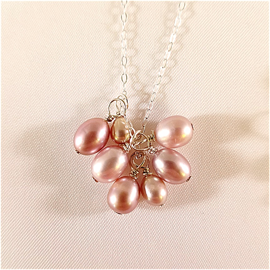Pearl-cluster-necklace-2-1.jpg