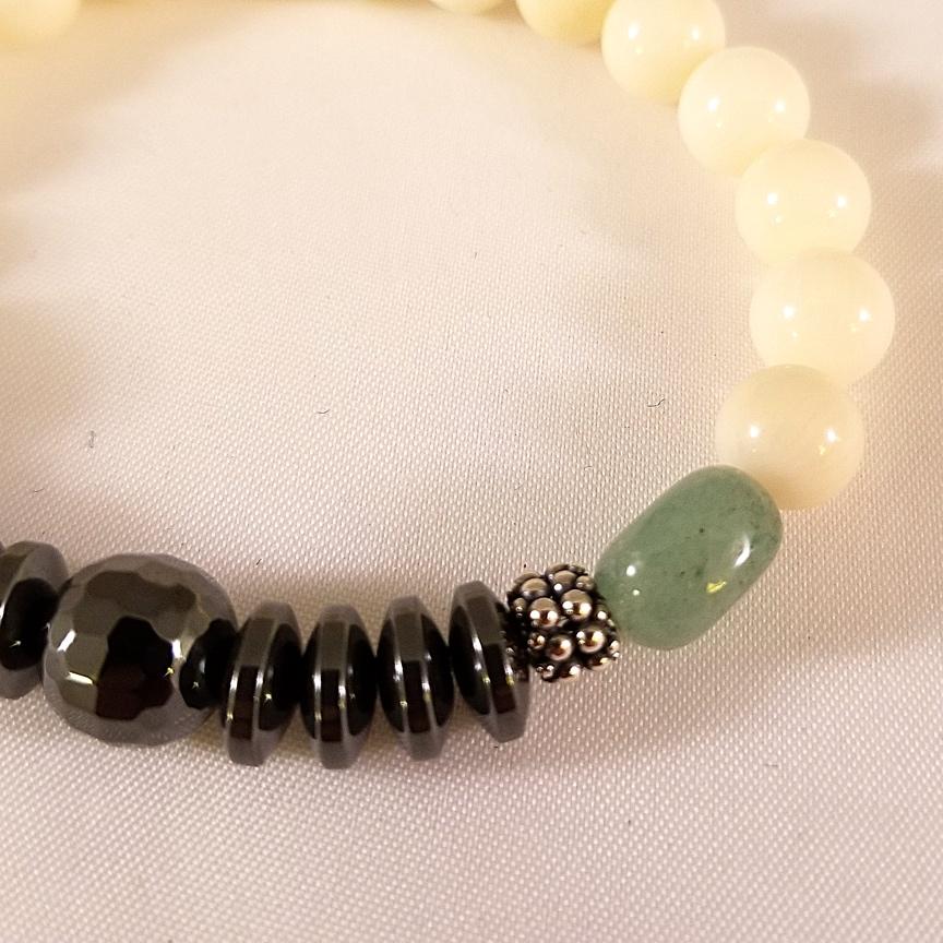 White-Jade-with-Green-Aventurine-3.jpg