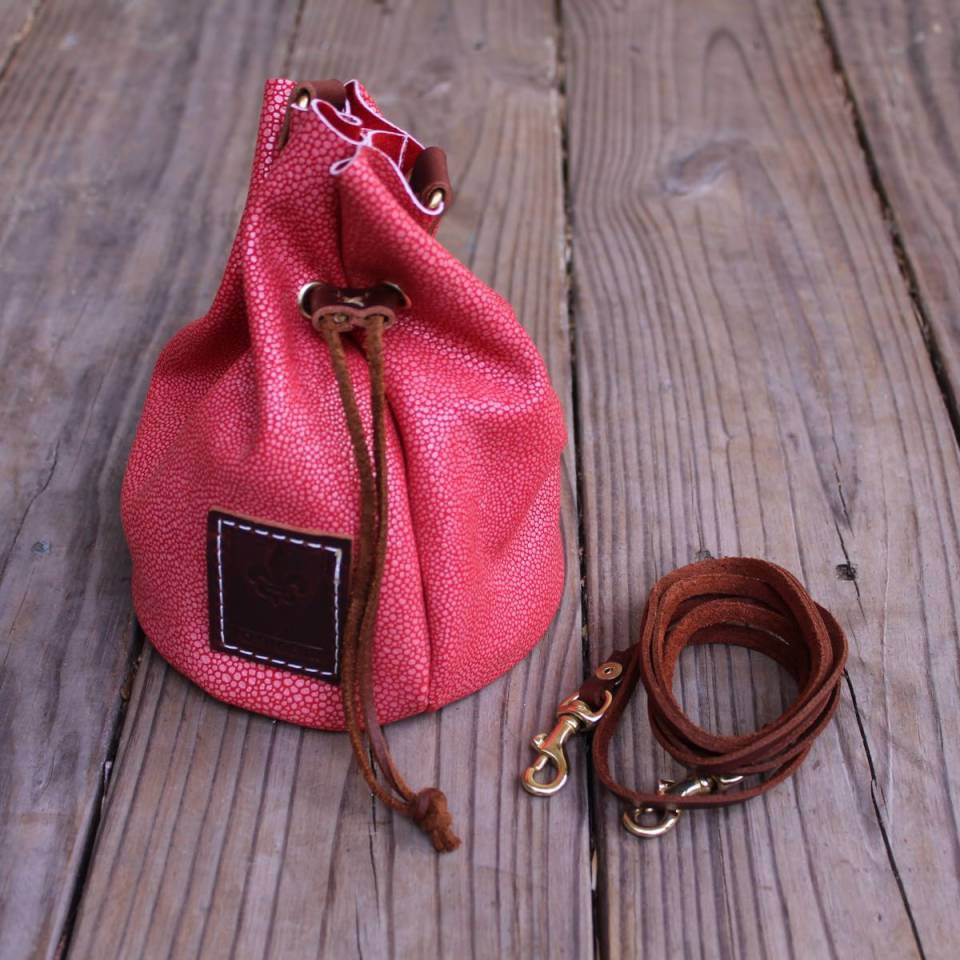 Women's Purses and Clutches